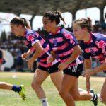 Équipe féminine d'Esprit Sud Sevens en pleine action de rugby à 7 lors d'un tournoi de Rugby à 7 organisé par l'association de Sevens Esprit Sud Sevens. rejoins nous