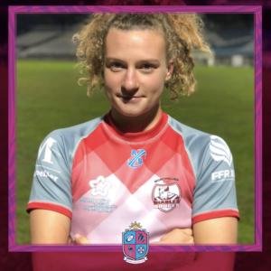 Image de Joséphine Dupré, Joueuse à Esprit Sud Sevens, En pleine action lors d'un match de rugby à 7, pour illustrer son portrait