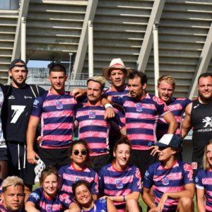 Image de l'équipe masculin et féminine d'Esprit Sud Sevens, lors d'un tournoi de rugby à 7, pour la page rejoins nous